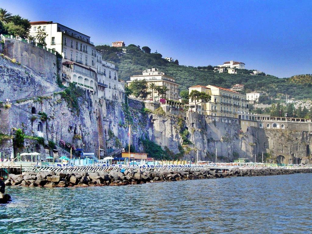Pompeii And Amalfi Coast Tours From Sorrento